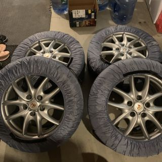 Cayenne wheels and snow tires
