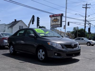 2010 Toyota Corolla Base (Magnetic Gray Metallic)