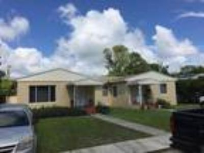 N. Miami 8/3 Duplex for $380,000! A.R.V. -- $460,000!