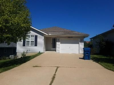 3 Bed 2 Bath Preforeclosure Property in Independence, MO 64057 - S Yuma Ct