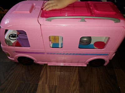barbie dream camper comes as seen in excellent shape