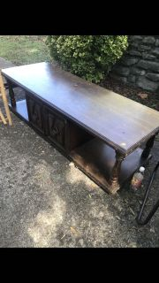 Used coffee table with closed storage