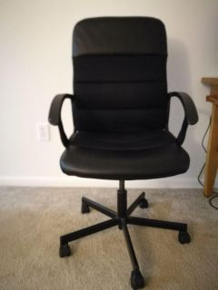Executive Rolling Chair