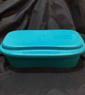 """Never Used - TUPPERWARE - """"MICROWAVE PASTA MAKER"""". Cook, Strain, Toss & Serve. (8 Cup) Makes up to 1 lb. Cooked Spaghetti"""