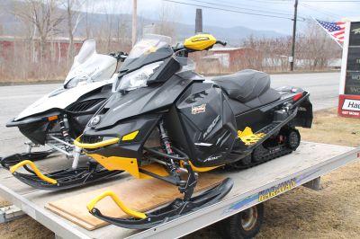 2014 Ski-Doo MX Z X E-TEC 800R ES w/ Adj. Susp. Trail Sport Snowmobiles Adams, MA