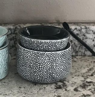 Scentsy Doodle Dot Element Warmer $12