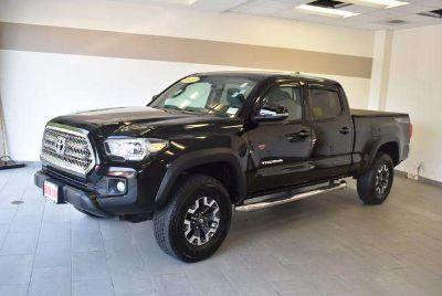 Used 2017 Toyota Tacoma Double Cab 6' Bed V6 4x4 AT (GS)