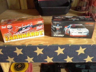 Dale Jr and Kevin Harvick 1:24 diecast