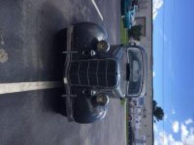 1935 Ford 4-Door Touring Trunkback Sedan For Sale