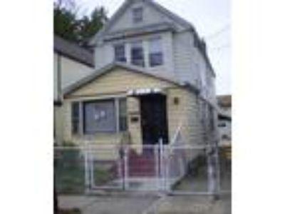 1 Family, Brick at 125-14 107th Ave Richmond