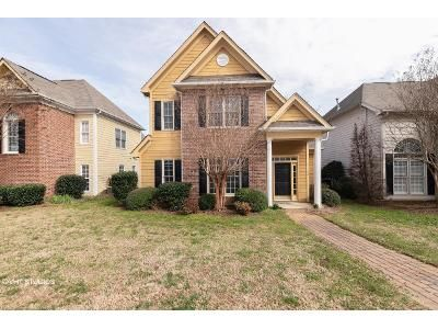 4 Bed 3 Bath Foreclosure Property in Cornelius, NC 28031 - Torrence Chapel Rd