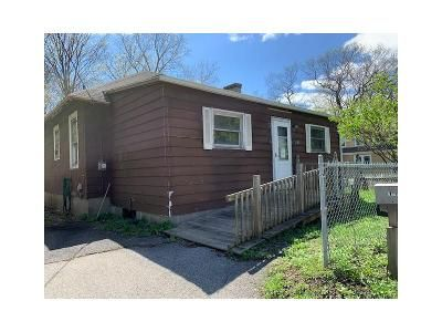 2 Bed 1 Bath Foreclosure Property in Pleasant Valley, NY 12569 - Route 44