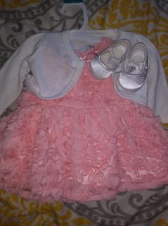 Easter dress plus shoes worn once for pictures! Read below Sz newborn
