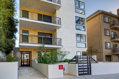$4700 3 apartment in West Los Angeles