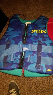 Two children lifevest