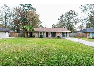 3 Bed 2 Bath Foreclosure Property in Denham Springs, LA 70706 - Gravesbriar Dr