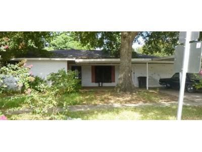 Preforeclosure Property in Baton Rouge, LA 70815 - Stacy Dr