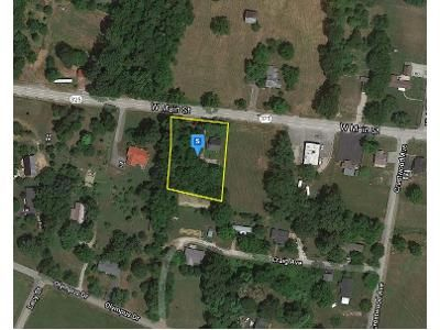 3 Bed 1 Bath Foreclosure Property in Byrdstown, TN 38549 - W Main St