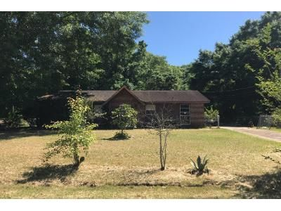 2 Bath Preforeclosure Property in Montgomery, AL 36117 - Sandusky Rd
