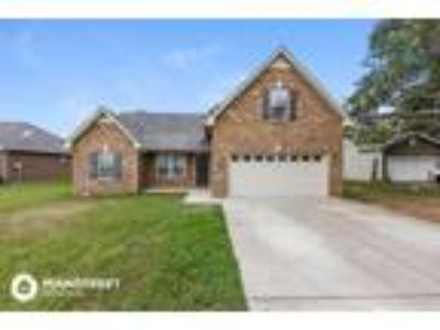 Three BR 2.5 BA In Rutherford TN 37128