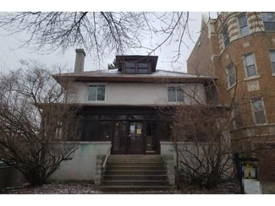 4 Bed 1 Bath Preforeclosure Property in Chicago, IL 60626 - W Birchwood Ave