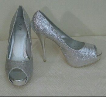 Silver Sequin Sparkle Leather Trim High Heeled Peeptoe Pumps