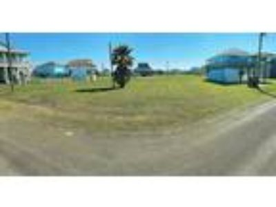 3 Lots available in Tidelands subdivision