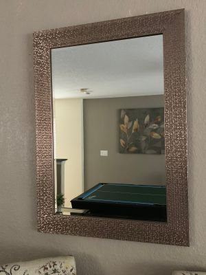 Absolutely stunning mirror!! - Like new!