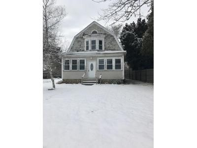 3 Bed 1 Bath Foreclosure Property in Wareham, MA 02571 - Gibbs Ave