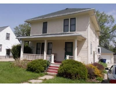 4 Bed 1.5 Bath Foreclosure Property in Janesville, WI 53545 - Oakland Ave