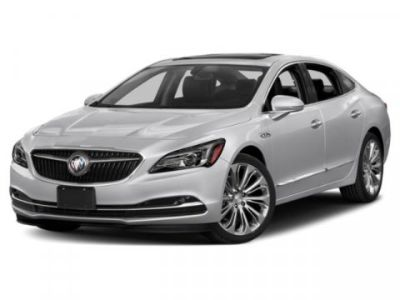 2019 Buick LaCrosse Essence (White Frost Tricoat)