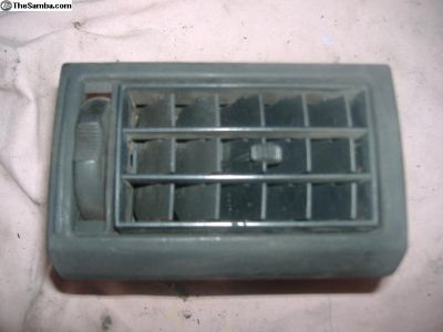 VW Jetta golf air condition vent 85-92