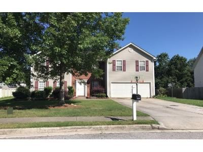 4 Bed 3 Bath Preforeclosure Property in Snellville, GA 30039 - Fryeburg Ln