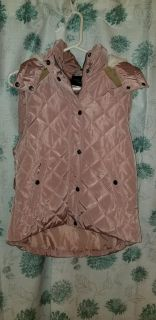 M pale pink puffy hooded vest zip and snap ppu