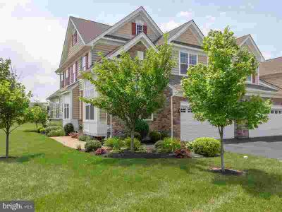 319 Joshua Tree Dr COLLEGEVILLE Three BR, Gorgeous end-unit