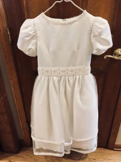 Girls size 10 first communion white dress with veil