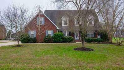 114 McKenzie Ct Murfreesboro Three BR, Beautiful all brick home