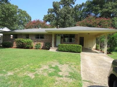 3 Bed 1.5 Bath Foreclosure Property in Pine Bluff, AR 71603 - W 35th Ave