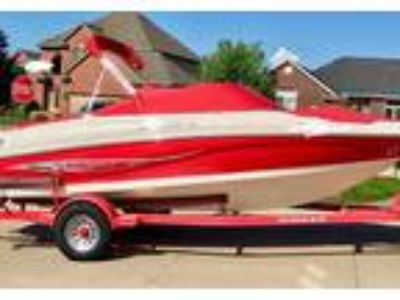 2008 Rinker 192-Captiva-BR Power Boat in Macomb, MI