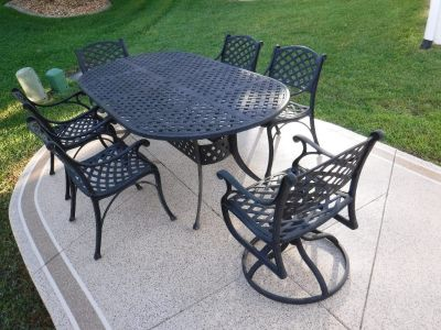 Hanamint patio set