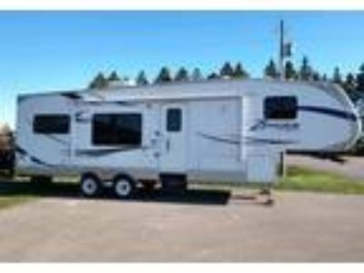 2012 CrossRoads RV Zinger 5th Wheel in New Prague, MN