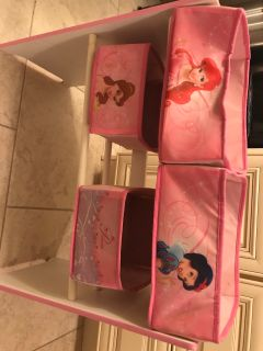 Kids princess toy organization