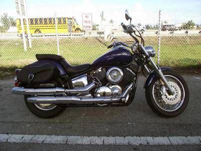 YAMAHA XVC1100 V-STAR CUSTOM Motorcycle