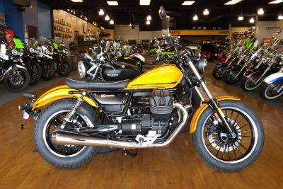 2017 Moto Guzzi V9 Roamer Standard/Naked Motorcycles Elk Grove, CA