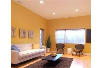 2 bedrooms Apartment - West Loop new construction features walk-in closet, intercom. Parking Availab