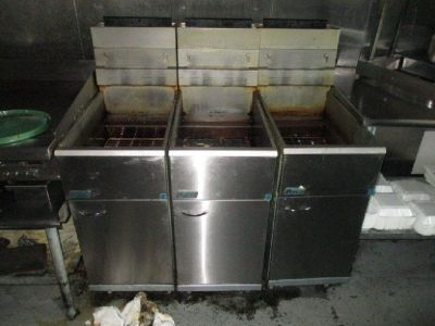 2016 Pitco 40 Lb Gas Fryer RTR# 8103152-01-03
