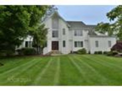 220 Patriot Lane, River Vale, NJ 07675