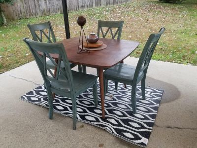 PROJECT SET!!...TABLE [PROJECT 62] & GREEN DISTRESSED FARMHOUSE X-BACK CHAIRS [4] (ASHLEY BRAND)...*READ DESCRIPTION