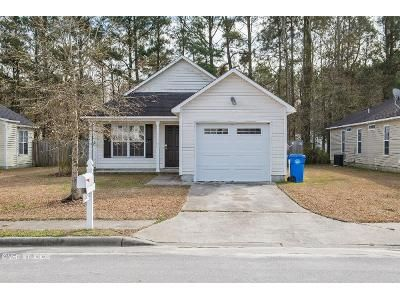 3 Bed 2 Bath Foreclosure Property in New Bern, NC 28562 - Rainmaker Dr