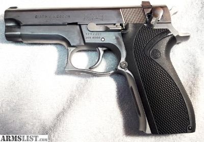 For Sale: Smith & Wesson 5906 9mm